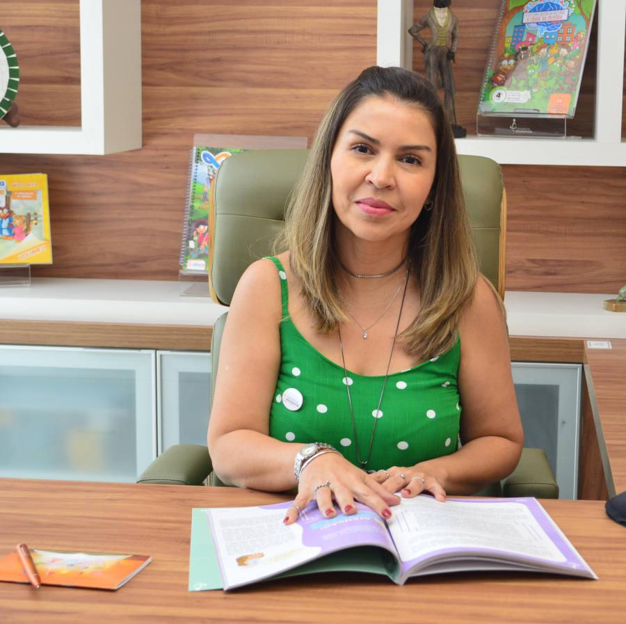 Karla Lopes Borges